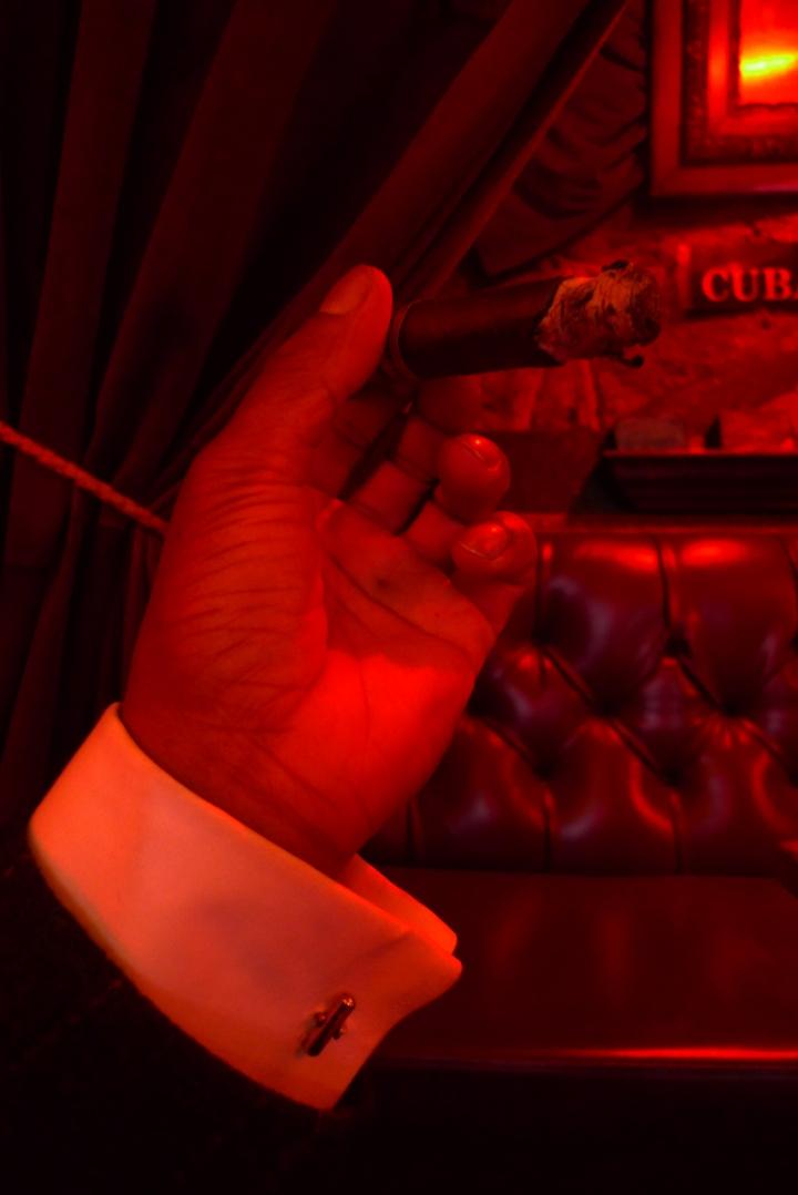 House Cigar, Stanza dei Sigari, Boston, MA / Leica D-Lux 4