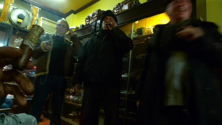 Renaldo Snipes and Company / NYC Fine Cigars, New York, NY / Leica D-Lux 4