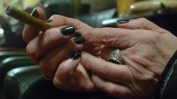 Marlene / NYC Fine Cigars, New York, NY / Leica D-Lux 4
