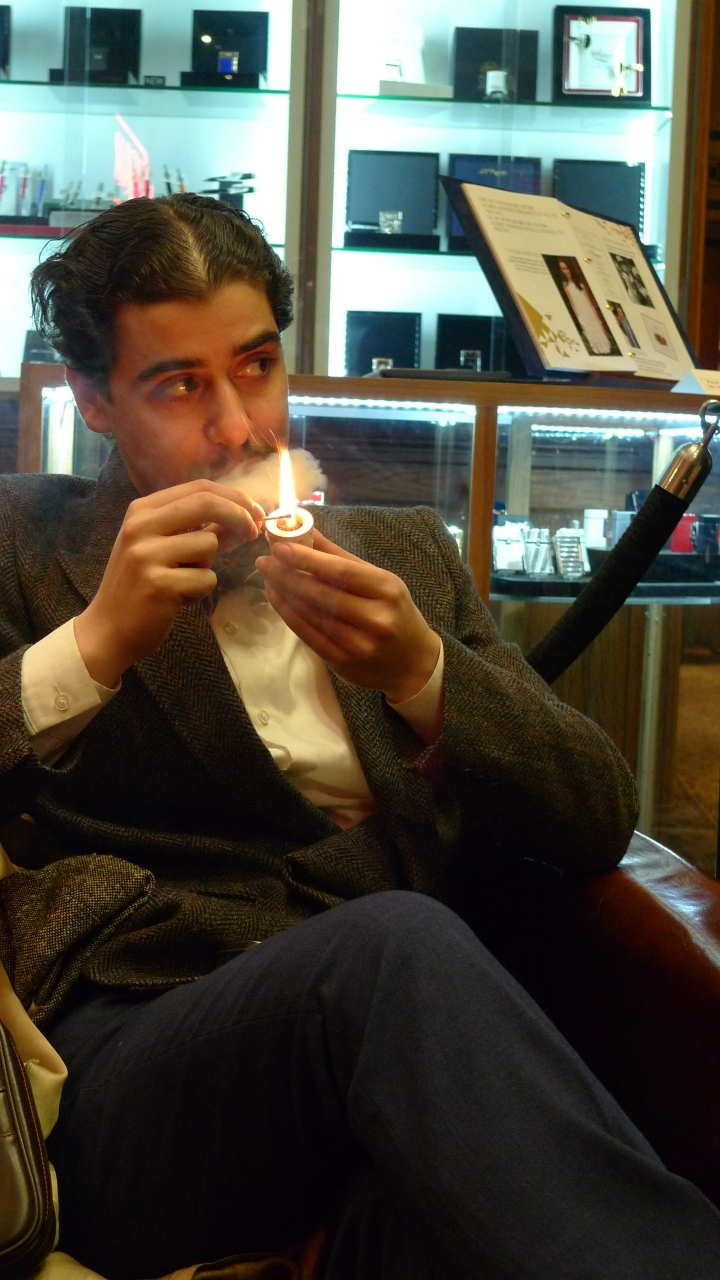 Smoker with Meerschaum Pipe / Nat Sherman, New York, NY / Leica D-Lux 4