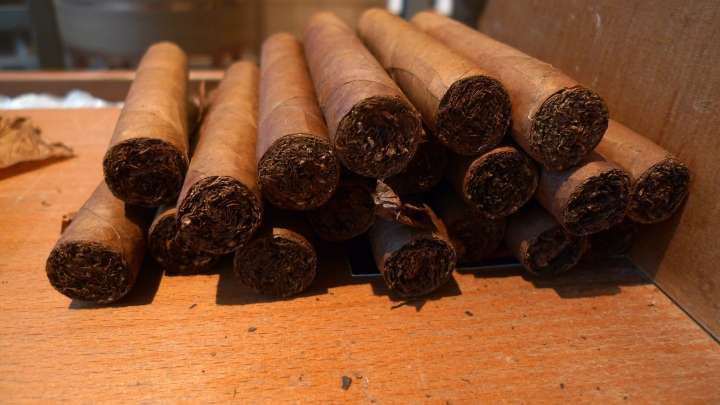 Corojo Cigars, just rolled fresh by Torcedera (Domincan Republic) for  Camacho  (Honduras) / Davidoff of Geneva - 6th Avenue, New York, NY / Leica D-Lux 4