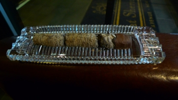 Arturo Fuente Magnum R 54, on cover of a Princess House Ashtray / smoked at: Nat Sherman, New York, NY / Leica D-Lux 4