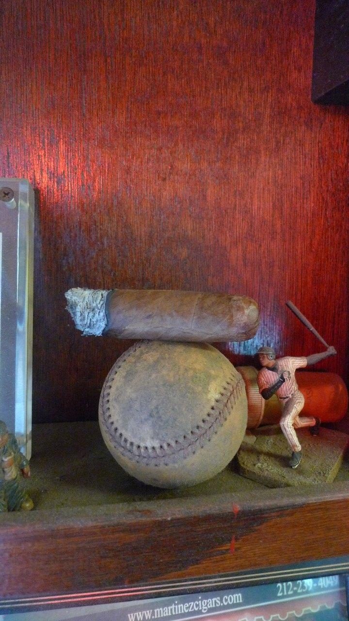 Martinez Handmade Cigars, New York, NY / Leica D-Lux 4 / Photo: Sila Blume